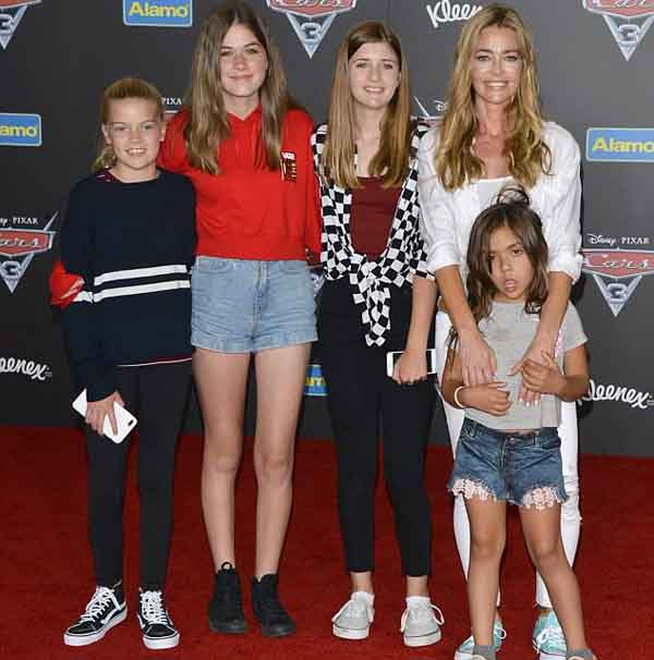 A picture of Denise Richards with her children.
