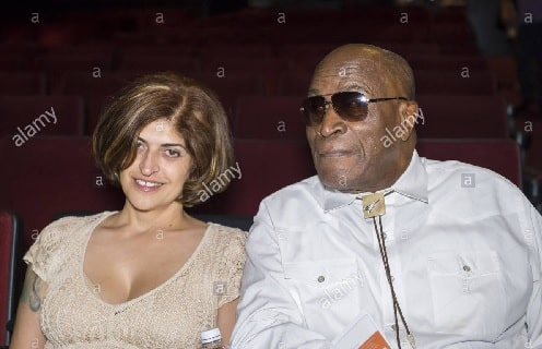 John Amos with his then lover Elisabete De Sousa-Amos.