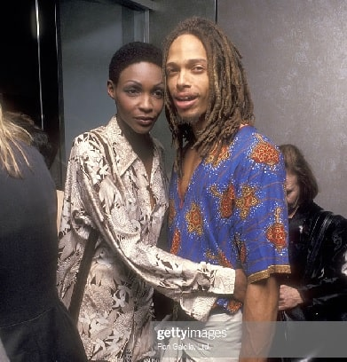 A picture of Gary Dourdan's ex wife Roshumba Williams hugging him.