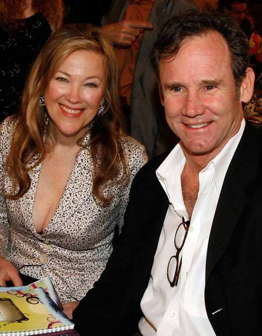 A picture of Bo Welch and his wife Catherine O'Hara together.