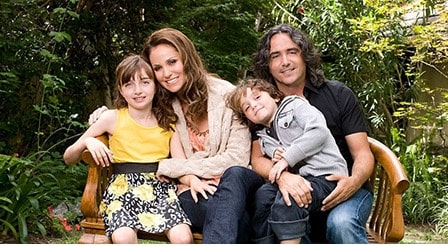 Brad Silberling living happily with his wife and children.