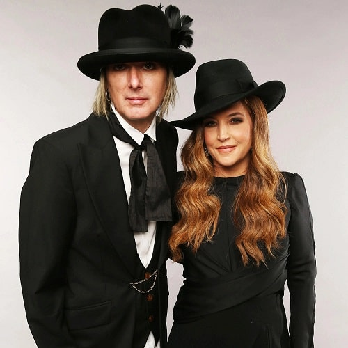 A picture of Harper's parents: Michael Lockwood and Lisa Marie Presley.