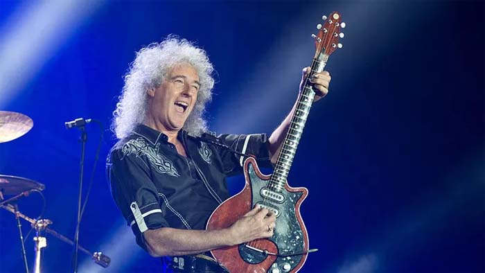 A picture of Brian May from concert.