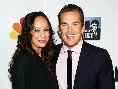 A picture of Carin Kingsland with her husband Mark McGrath.