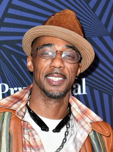A picture of Ralph Tresvant smiling.