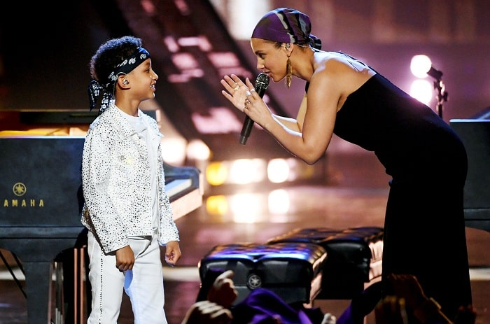 Alicia Keys with her son Egypt Daoud Performing Raise A Man song in 2019 Billboard Award Show