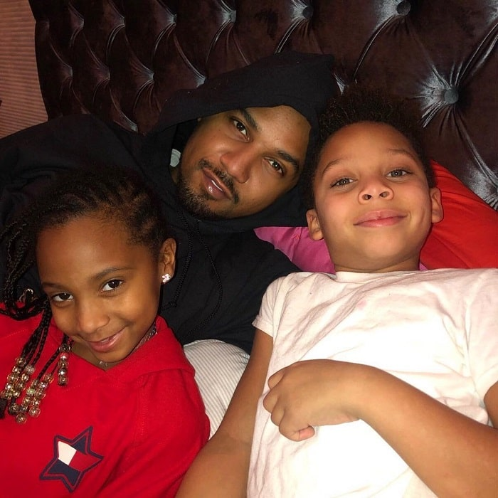 Juelz with his father and sister