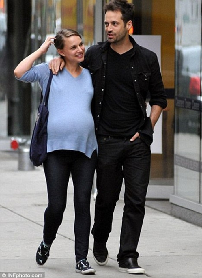 Natalie Portman and Benjamin Millepied spotted on the streets