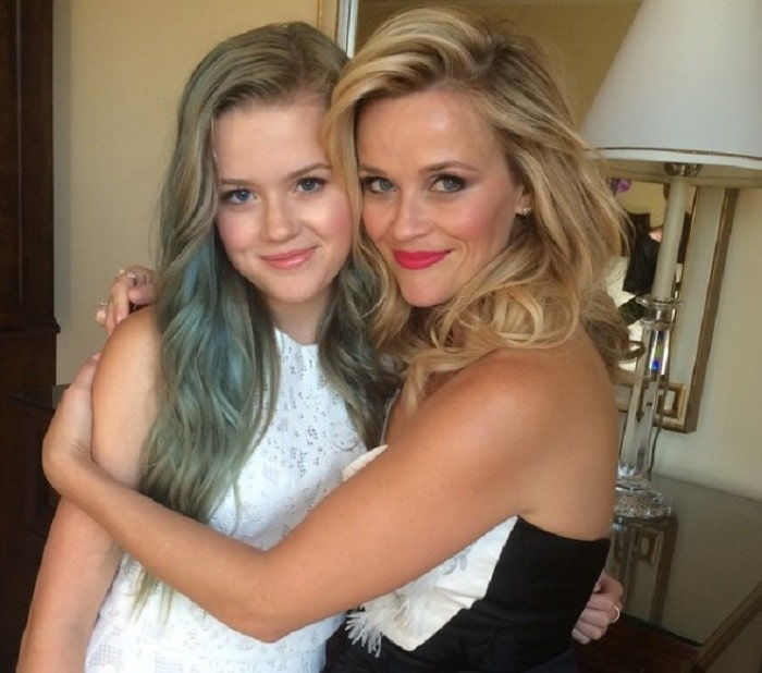 Reese Witherspoon with her daughter Ava Elizabeth Phillippe