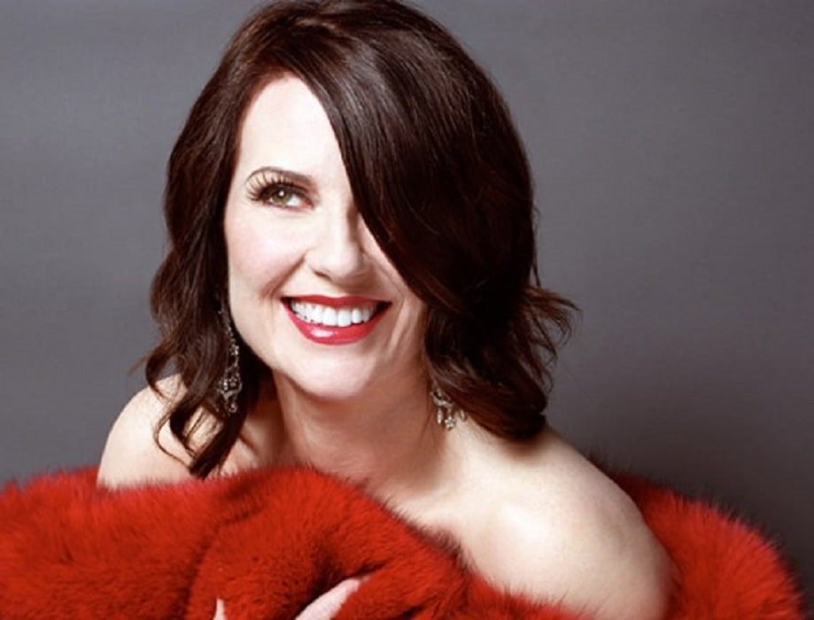 Pictures That Proves Megan Mullally is Still Hot at 60! The Sexy Side of Megan Mullally