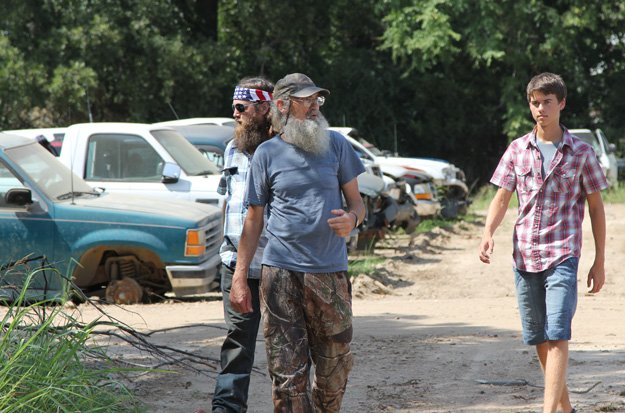 John Luke on the Duck Dynasty show with his grandparents.