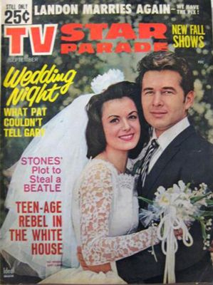 Gary Clarke and Pat Woodell on magazine cover of TV Star Parade.