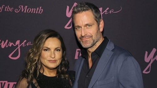 A picture of Mariska Hargitay and her husband, Peter Hermann.