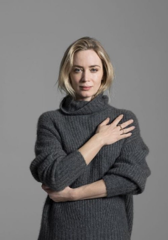 Violet's mother Emily Blunt, who has zero social media presence.