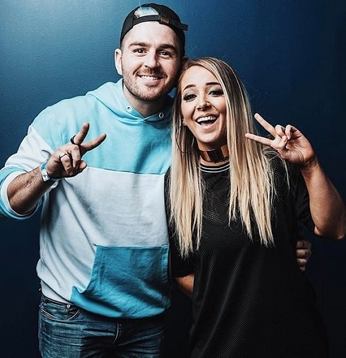 A picture of Jenna Marbles with her boyfriend, Julien Solomita.
