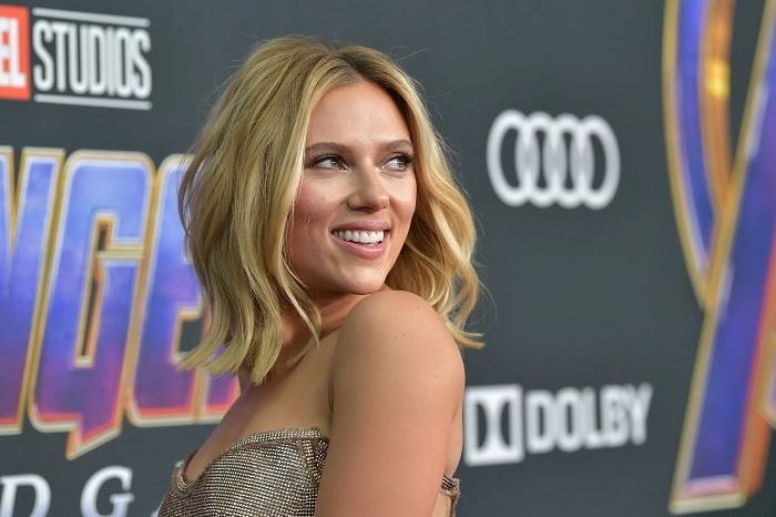Scarlett Johansson's Breast Reduction and Body Modifications