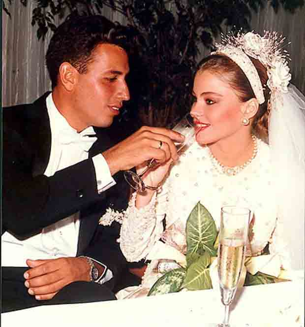 Joe Gonzalez and Sofia Vergara wedding picture.
