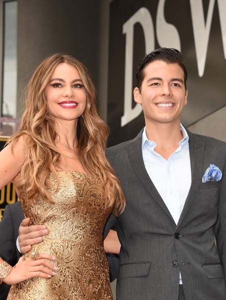 Manolo Gonzalez poses for a picture with his mother Sofia Vergara.