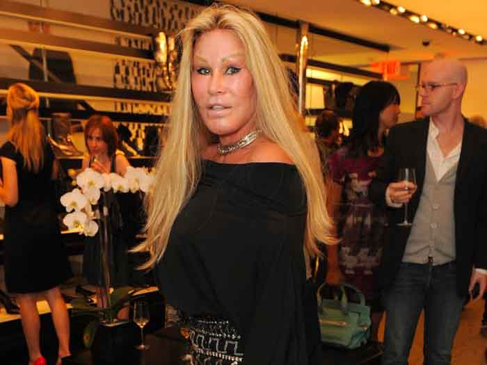 Jocelyn Wildenstein caught on camera while shopping.