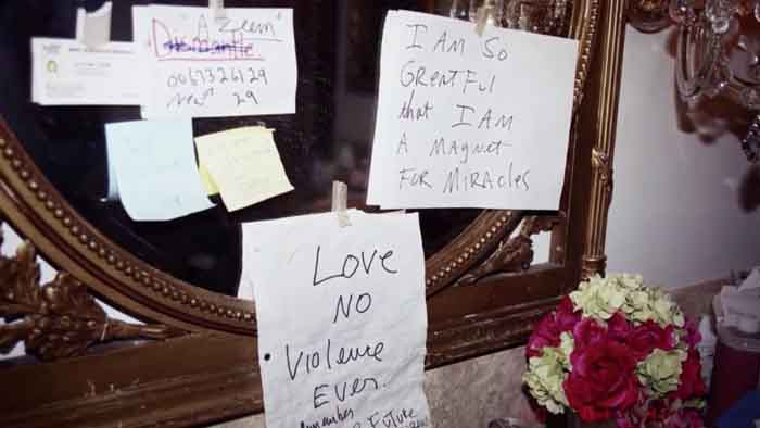 MJ leaving a note before his death.