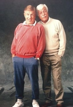 A picture of Jerry Van Dyke with his elder brother, Dick Van Dyke.