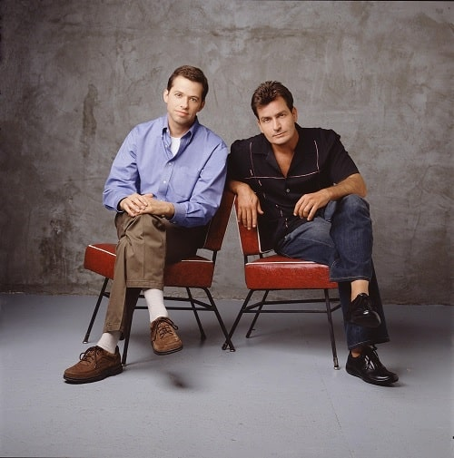 A picture of Jon Cryer with Charlie Sheen.