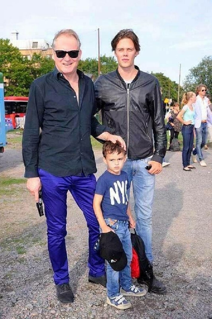 Kolbjorn with his father and step brother.