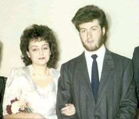 A picture of Roman Abramovich with his first wife, Olga Yurevna Lysova.