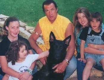 A picture of Annaliza's dad with her half-siblings.
