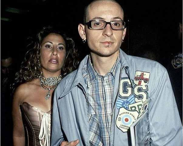 Samantha Marie Olit and Chester Bennington caught together in camera.