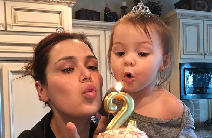 Meet Rachael Krueger Marie Osmond S Daughter With Ex Husband Brian Blosil Glamour Path