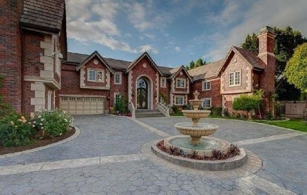 Nick Lachey's house worth $4.15 million.