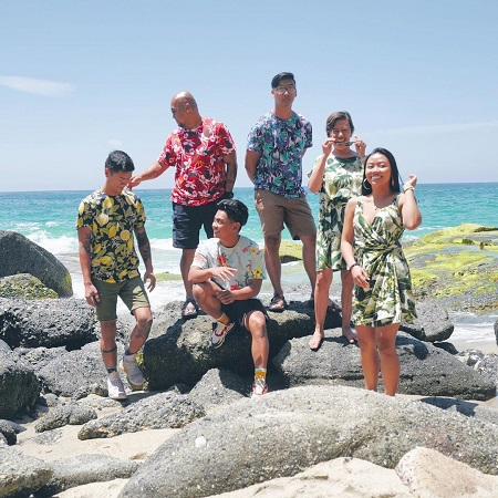 Roi Wassabi on a vacation with his siblings Reymound, Russell, Ariel, and with their parents.