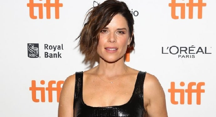 Neve Campbell's $20 Million Net Worth - $50k Salary Per Episode in House of Cards