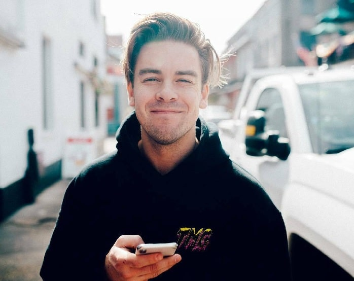 YouTuber Cody Ko's $3.7 Million Net Worth - From Blogs, Singing to Acting