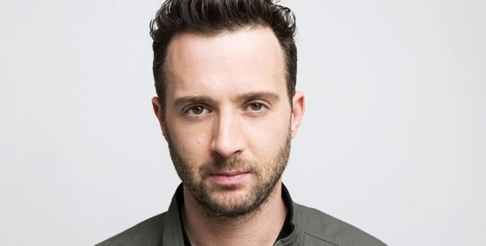 "Get to Know Eddie Kaye Thomas - ""Paul Finch"" From American Pie"