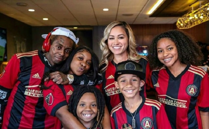 Dwayne Carter III with his family in his 10th birthday party.