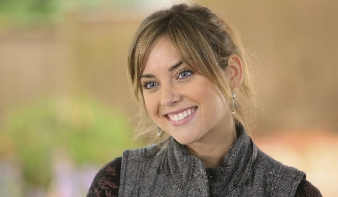 "Get to Know Jessica Stroup  - ""Joy Meachum"" From Marvel's Iron Fist"