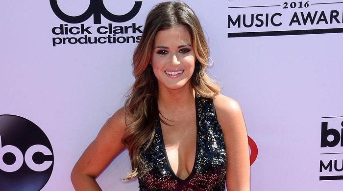 JoJo Fletcher's $600,000 Net Worth- Moved In With Jordan Rodgers To $1.5 million Worth Home In Dallas