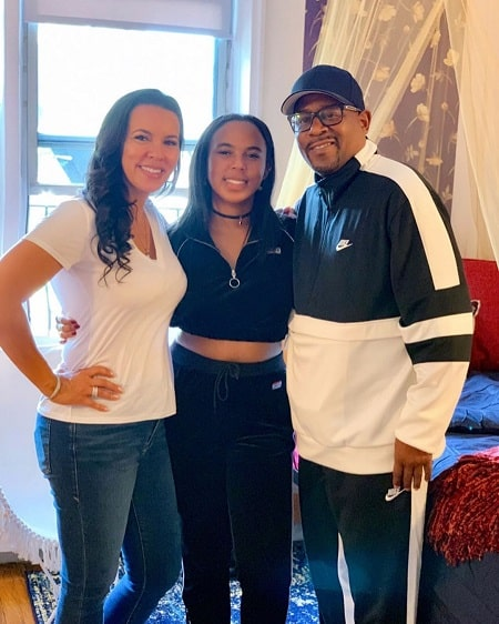 Iyanna Faith Lawrence with her parents Martin Lawrence Shamicka Gibbs on her college day.