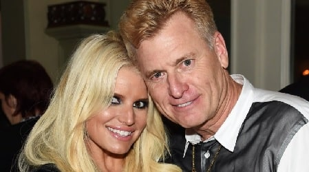 Jessica Simpsons with her father Joe Simpson.