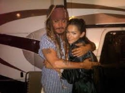 Antoinette with Johnny Depp on the sets of Pirates of Caribbean.