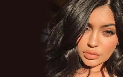 Kylie Jenner's Fashion in General – Billionaire' s Style and Rocking Outfit