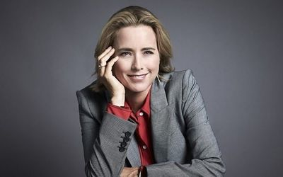 Meet Téa Leoni - American Actress From The Naked Truth