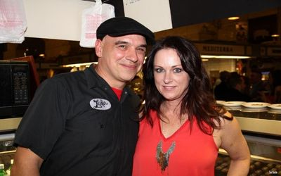 Get to Know Liz Shanahan - Michael Symon's Wife Who is a Chef