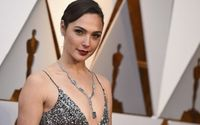 Gal Gadot Plastic Surgery Rumors Addressed – Before and After Pictures