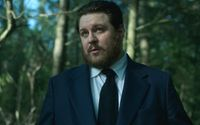 "Get to Know Cameron Britton - Actor From ""Mindhunter"" & ""The Umbrella Academy"""""